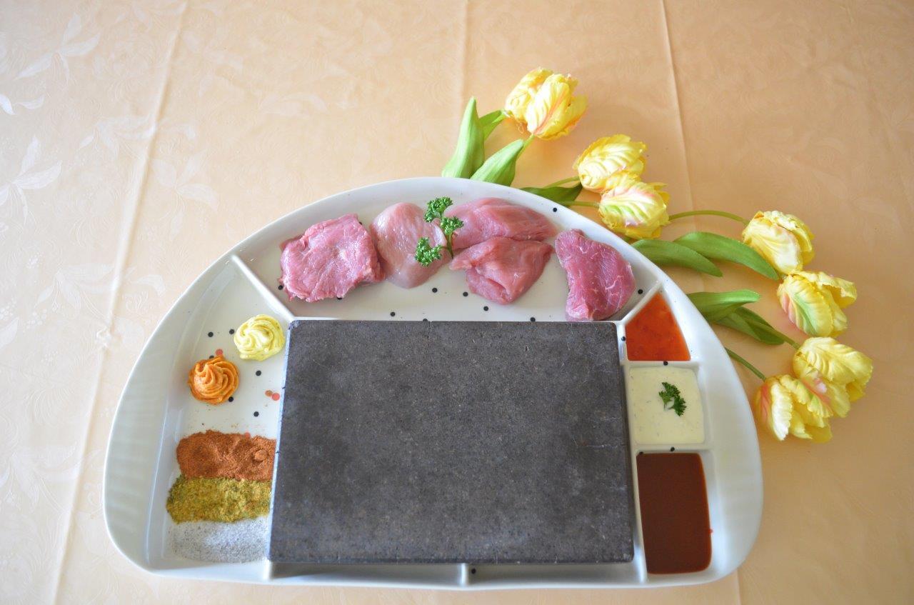 Essen vom heißen Stein